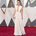Oscars 2017 Red Carpet Vestidos Sexy Hundiendo Escote Plisado Una Línea Blanca Vestido de Noche Abendkleider Robe De Soirée Formal