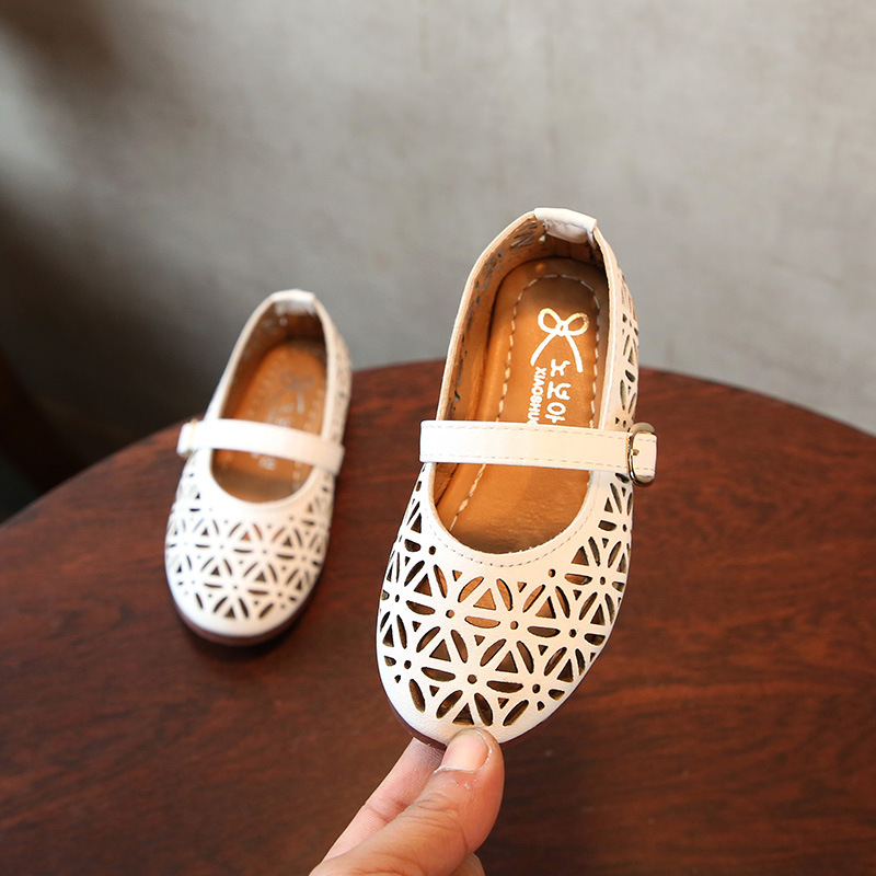 Kids Girls Sandals For Children Princess Shoes Summer Baby Girls Hollow Hole Sandals Shoes Cut Out Breathable Leather Shoes ...