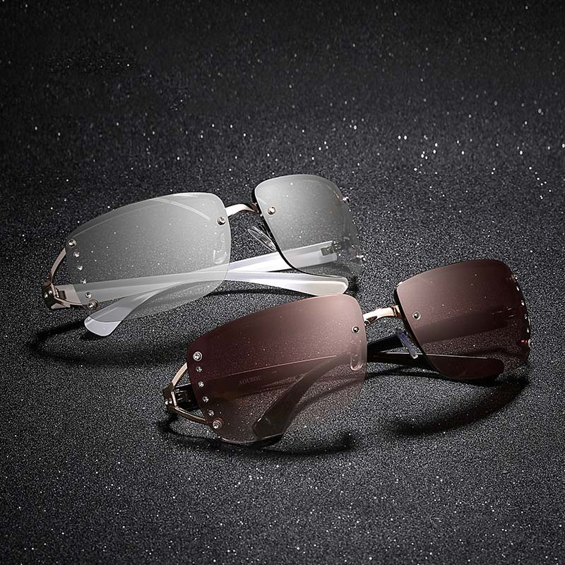 Clear Rimless Crystal Sunglasses Women Brand Designer Hollow Transparent Diamonds Sun Glasses Women Eyewear Accessories Oculos