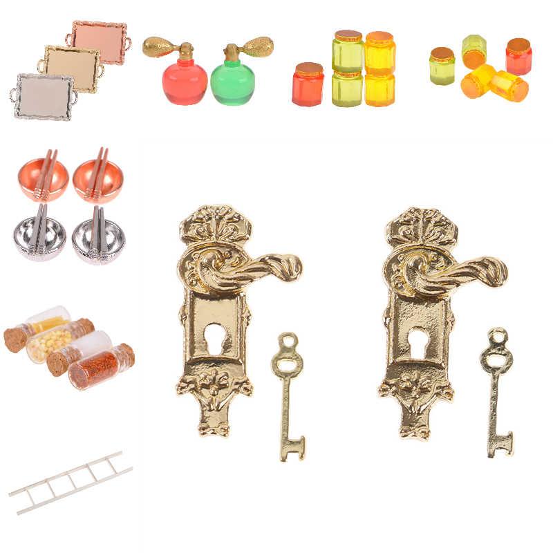 1/12 escala miniatura casa de bonecas diy acessórios fechadura da porta do vintage e chave/escada branca/pote mel/utensílios de mesa/perfume/garrafa de comida