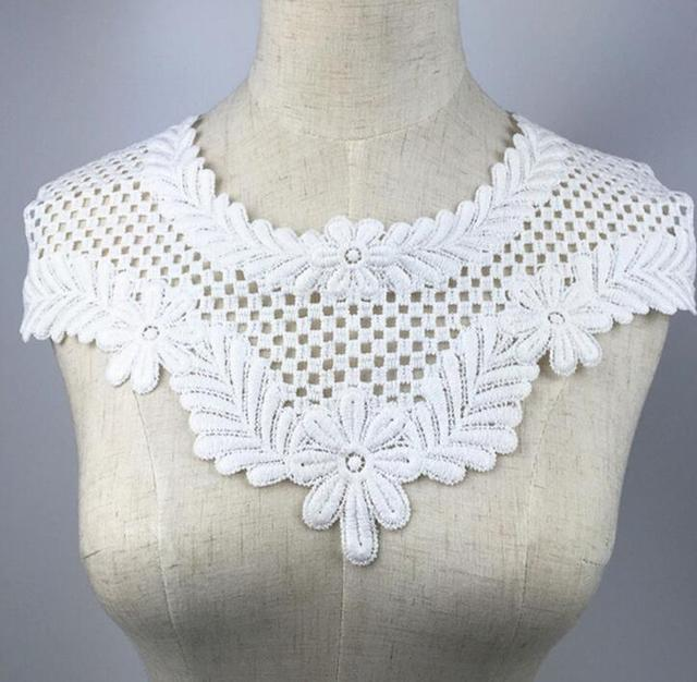 1 Piece Beautiful White Venise Lace Sewing Applique DIY Craft Lace Collar  For Ladies Clothing Accessories e2ac2eddac03