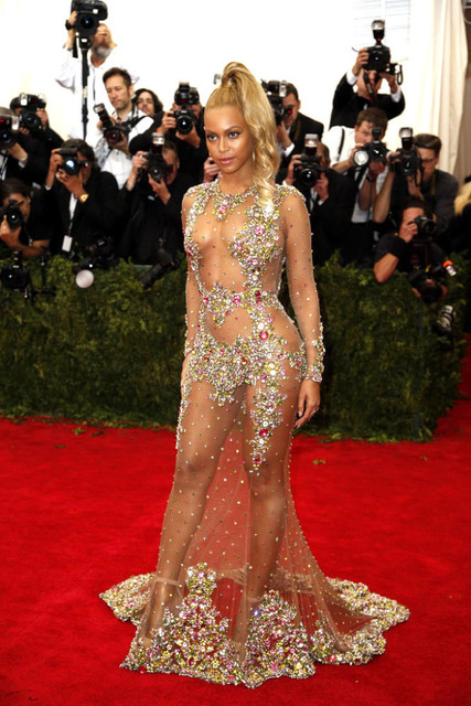 Beyonce Red Carpet Gala Crystals Lace Backless Mermaid Celebrity ...