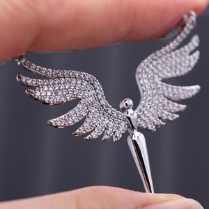Image 4 - Charm Angel Wing Pendant Necklace For Women Full Micro Cubic Zirconia Paved 2019 Fashion Gold Color& Silver Color Angel Necklace