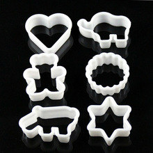 Baking mould plastic cartoon animal cookie mold biscuits pineapple cake toiletry kit 6 piece set