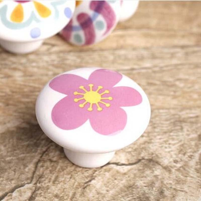 Idee dressoir roze afbeeldingen : Ladeknop pull handvat witte keramische keukenkast slingerknop roze ...