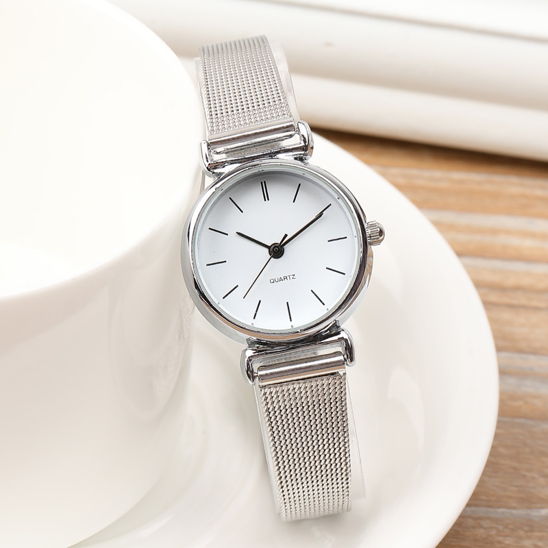 цена на New Brand Ladies Watch Fashion Watches Women Small Stainless Steel Band Analog Quartz Wrist Women's Watch Relogio Feminino
