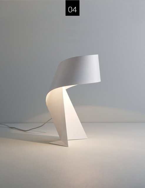 Creative Origami Table Lamp white
