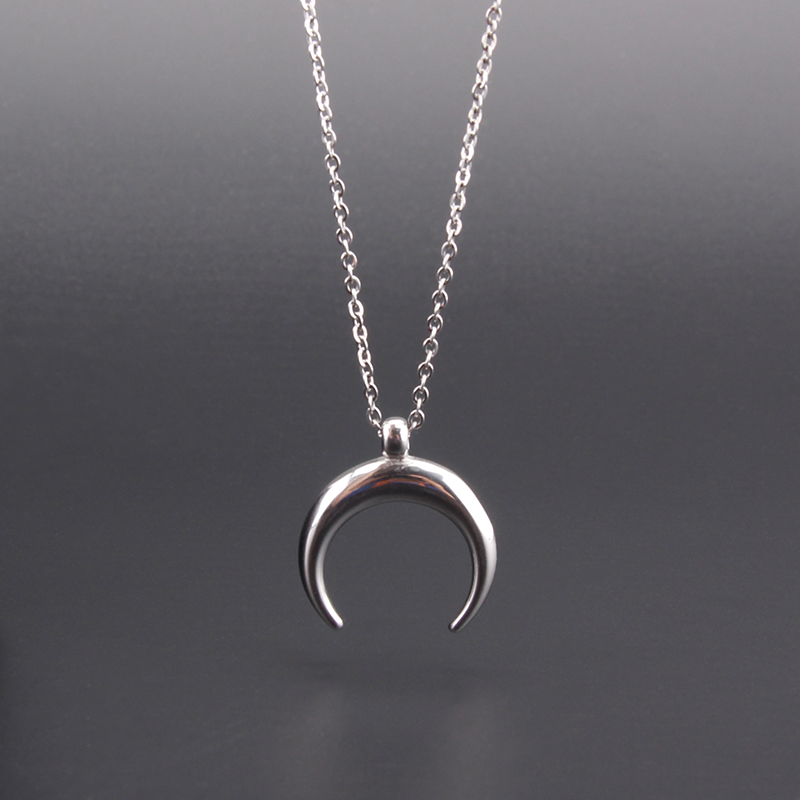 Ox Horn Necklace Stainless Steel Half Moon Charm Pendant Women Fashion Jewelry Gift Female Mujer Colar 2018 NewOx Horn Necklace Stainless Steel Half Moon Charm Pendant Women Fashion Jewelry Gift Female Mujer Colar 2018 New