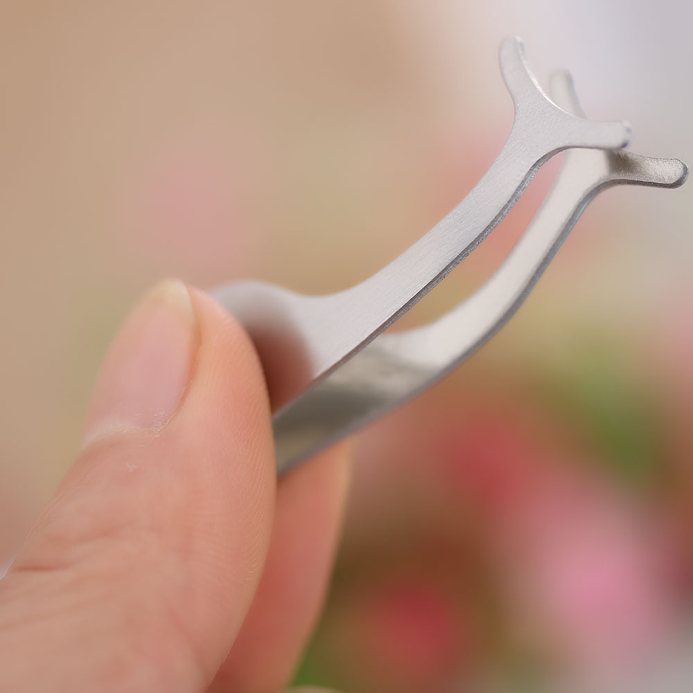 dc615d6e127 1 pcs Fake Eyelashes clip stainless steel Eye Lash eyelash curler  Applicator Beauty Makeup Cosmetic Tool Accessory