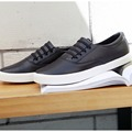 Casual Shoes New Arrival 2017 Men's Canvas Shoes Flat Casual Loafer Black White Shoes Size 39 to 43 SAMZ01 TC