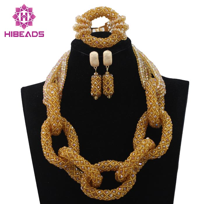 Fabulous Champagne Gold Pendant Statement Necklace Set Nigerian African Wedding Beads Jewelry Set Crystal Free Shipping WD331Fabulous Champagne Gold Pendant Statement Necklace Set Nigerian African Wedding Beads Jewelry Set Crystal Free Shipping WD331