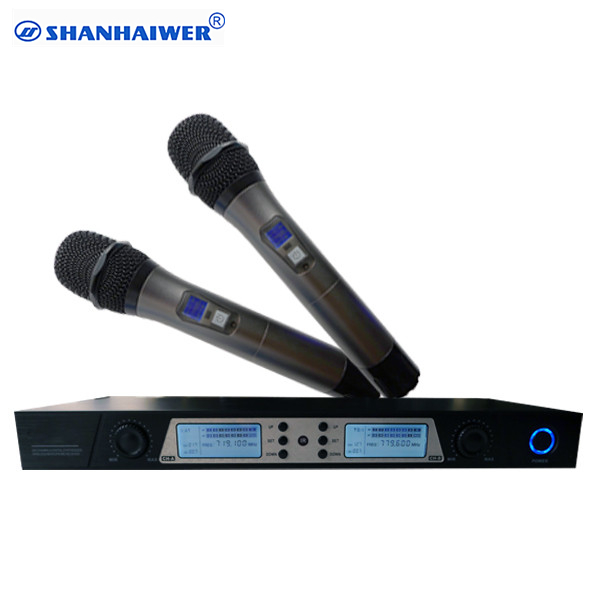 UHF double channels metal handheld professional ktv wireless microphone LCD IR paring 200CH frequency optional conference mike bardl us 132 2 channels uhf infrared frequency lcd 200 frequency adjustable wireless microphone handheld lavalier headset