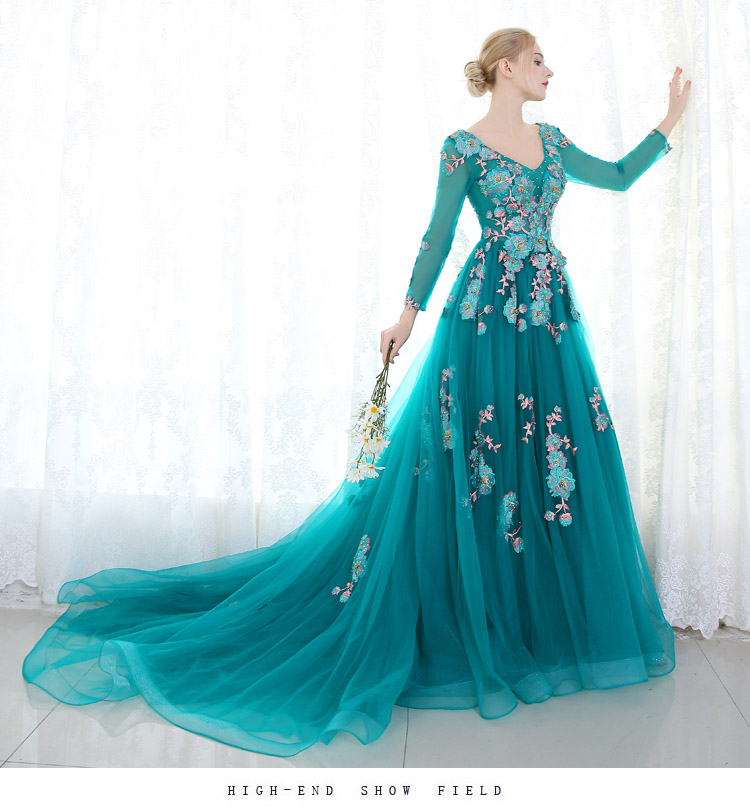 100%real peacock green full beading long sleeve court ball gown Medieval dress Renaissance Gown princess Royal victoria dress