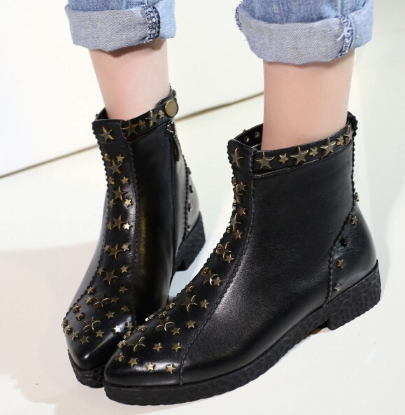 Women Autumn Winter Full Grain Leather Flats Rivets Pointed Toe Side Zipper Fashion Warm Ankle Martin Boots Size 34-39 SXQ0930 women autumn winter thick high heel full grain leather zipper rivets round toe side zip fashion ankle boots size 34 40 sxq0930