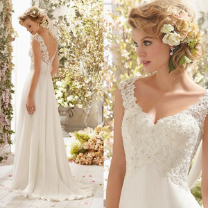 Image 1 - חדש רומנטי קיץ כלה שמלת נוזל להרגיש שיפון ללא שרוולים תחרה עמוק V צוואר מתכווננת בתוספת גודל חתונה שמלה