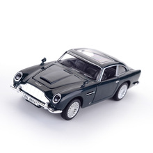1/32 Martin DB5 Model Car Diecast Metal alloy Light Car Simulation Pull Back Cars Vehicles Toys For Kids Gifts For Children villa d este blue 1 18 aston martin one 77 2009 sport car diecast model show car miniature toys alloy gifts collection minicar