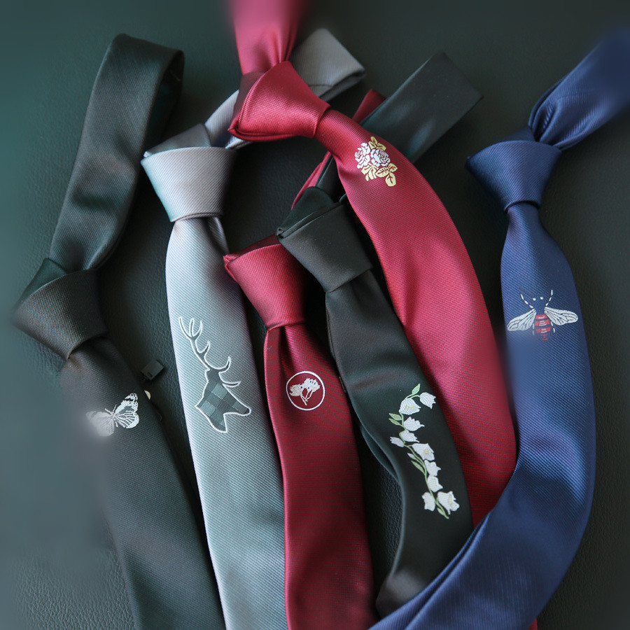 2019 Embroidered Black Red Positioning Tie Men's Embroidery Korean Version Of The British Narrow 5CM 6CM Trend Tie Accessories