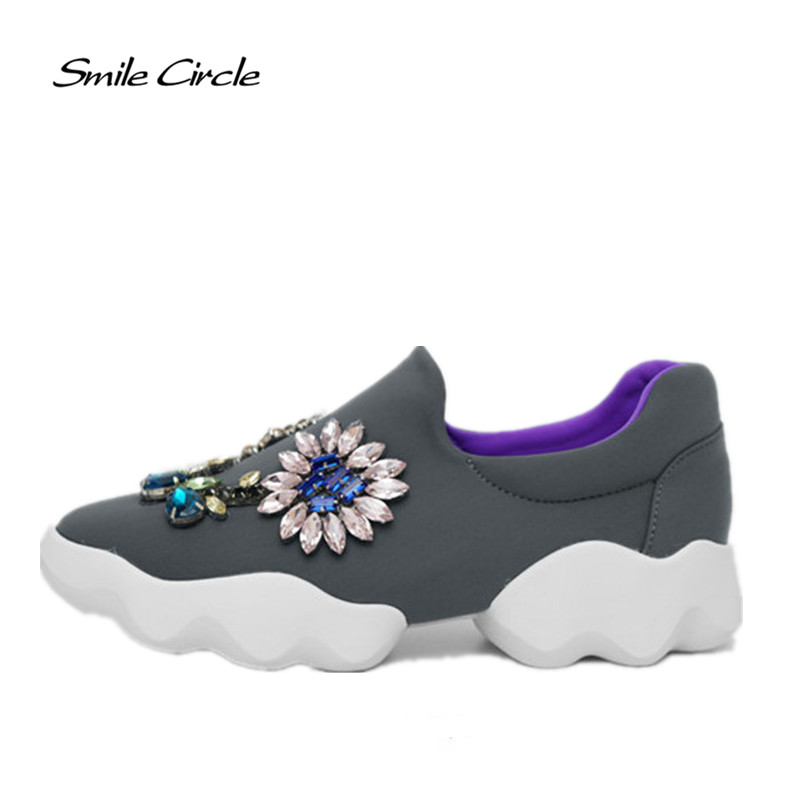 Brand Shoes 2017 Spring Autumn Shoes for Women Flat Shoes Women Fashion Rhinestones Flower Casual Platform Shoes A008
