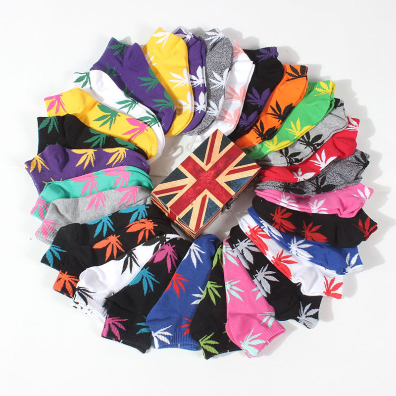 Men Four Seasons Couples Leisure Weed Hemp Leaf Stealth Ship Sock Hot Sale Cotton Socks Germany's Harajuku Hip Hop Maple Socks