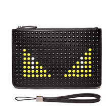 2017 Fashion Brand Men Clutch Bags Handbags PU Leather Studded Envelope Evening Bags Eyes Wristlet Zipper Rivet Bag for ipad