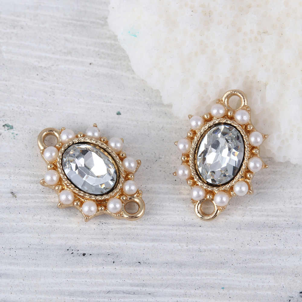 Doreen Box Zinc Based Alloy Vintage Royal Court Style Character Connectors Oval Gold Color White Imitation Pearl Rhinestone 5pcs
