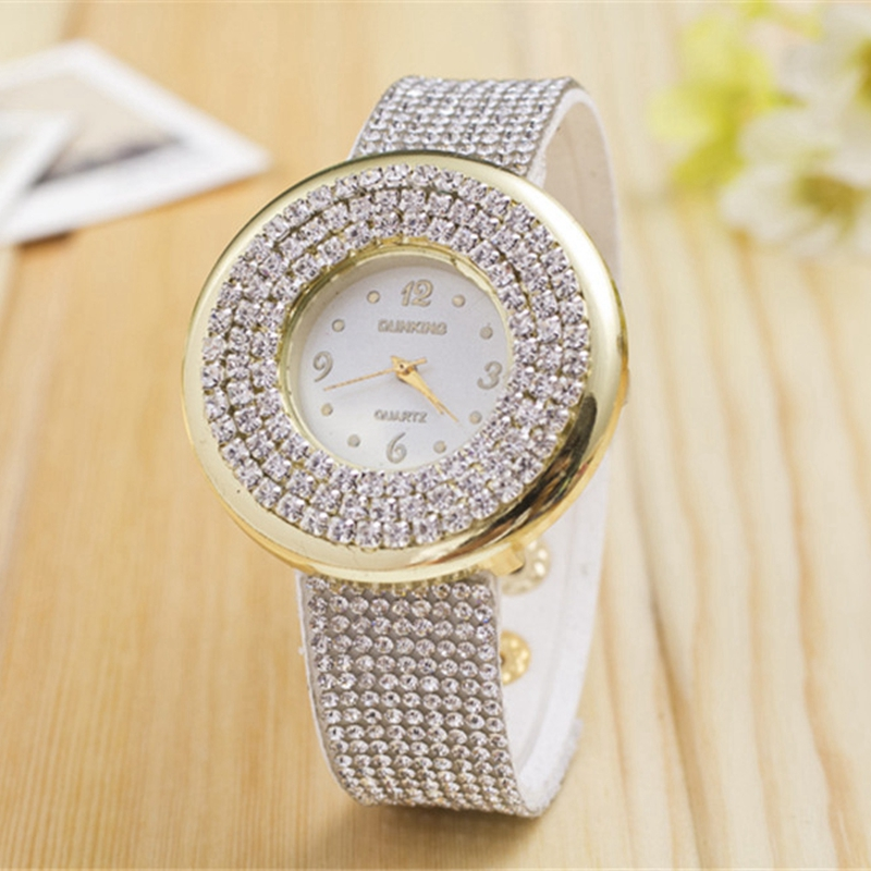 Diamond Woman Quartz Watches With Direct Alloy Belts From Star Watches Party Dress Clock