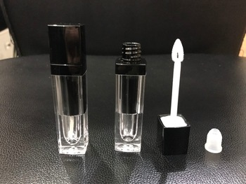 Capacity 5ml 100pcs/lot DIY Empty eyelash transparent black lipgloss tubes