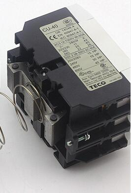AC contactor AC220V CU-40 new lp2k series contactor lp2k06015 lp2k06015md lp2 k06015md 220v dc