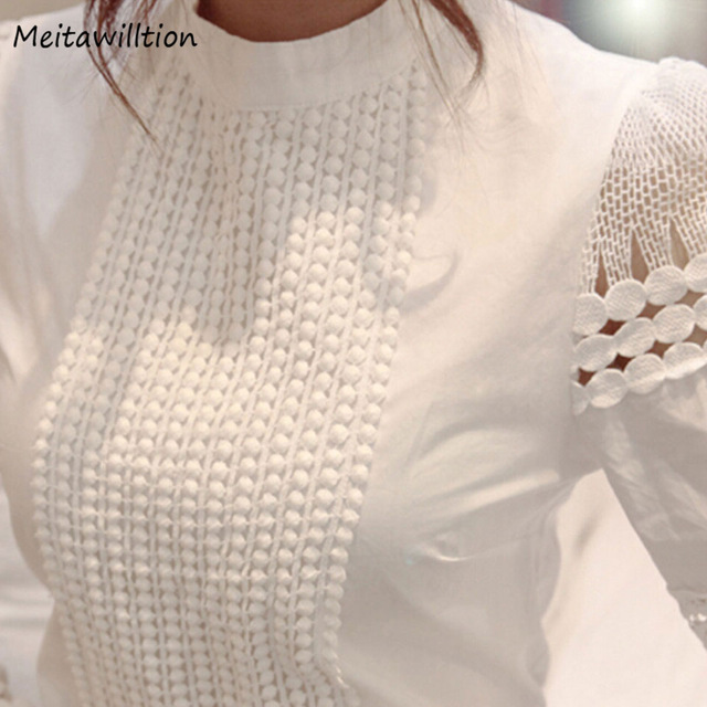 2018 Korean Fashion Women Clothing Ladies Slim Bottoming Long Sleeve White Shirts Lace Hollow Out Women Blouse Shirts Plus Size