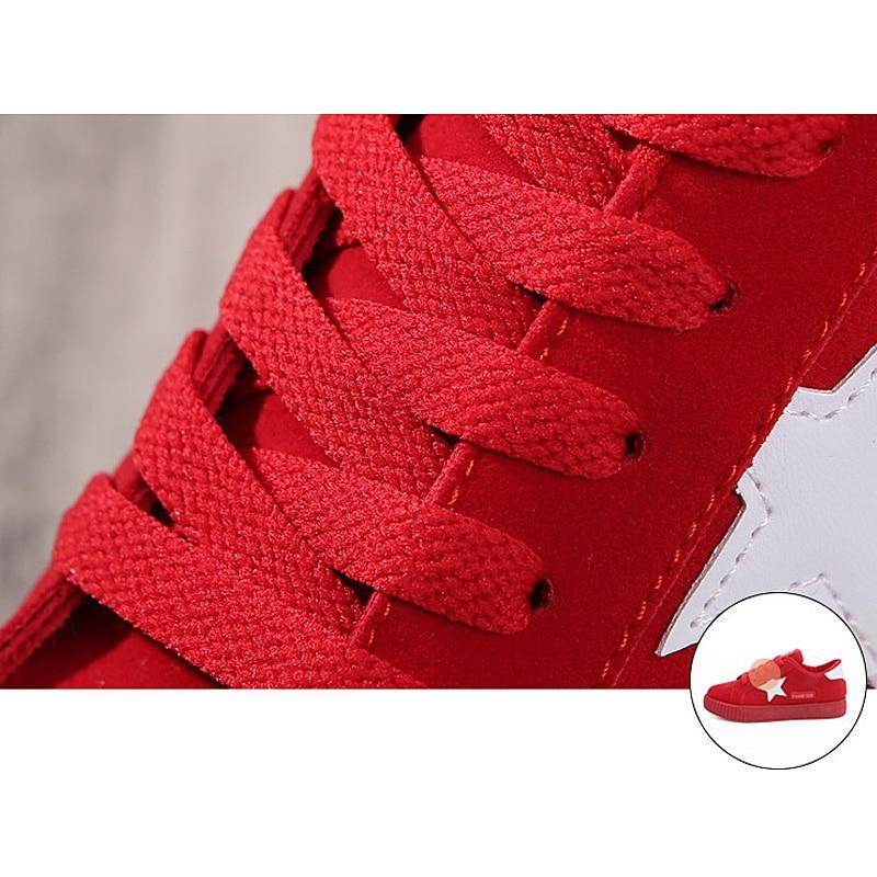 LAKESHI Estrela Da Moda Mulheres Mulheres Sapatos Casuais Rendas Até  Sapatos Baixos Mulheres Rosa 2018 Novas Mulheres Sapatilhas sapatos Dedo Do  Pé Redondo ... 52c69a8c919