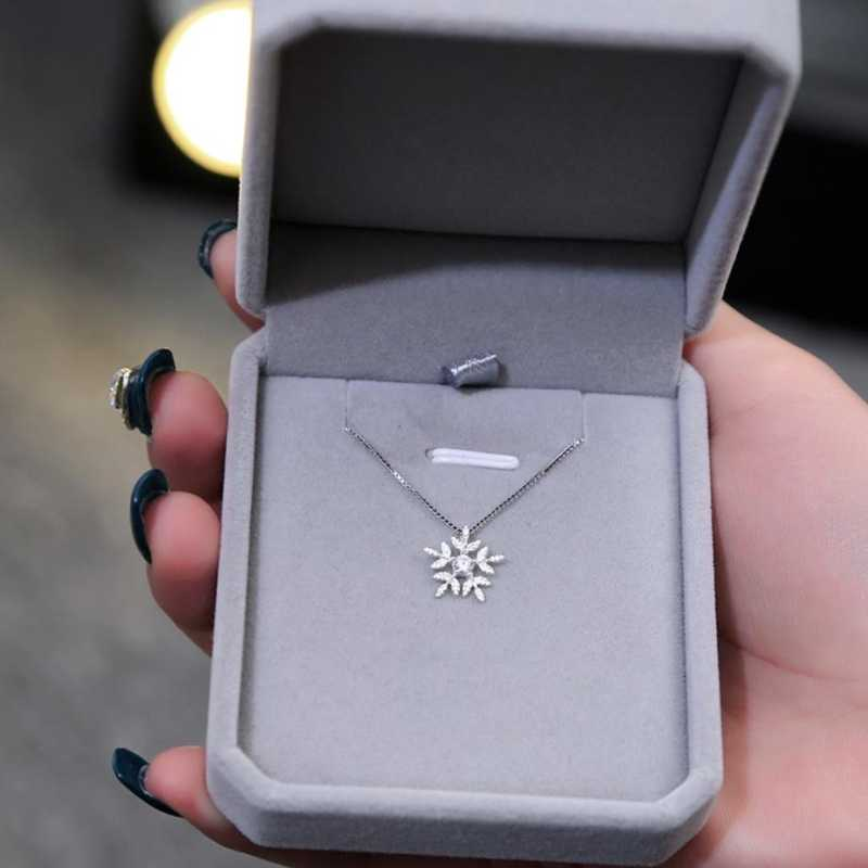 Original Snowflake Pendant Simple Clavicle Chain Gift 925 Sterling Silver Temperament Personality Female Necklace SNE085