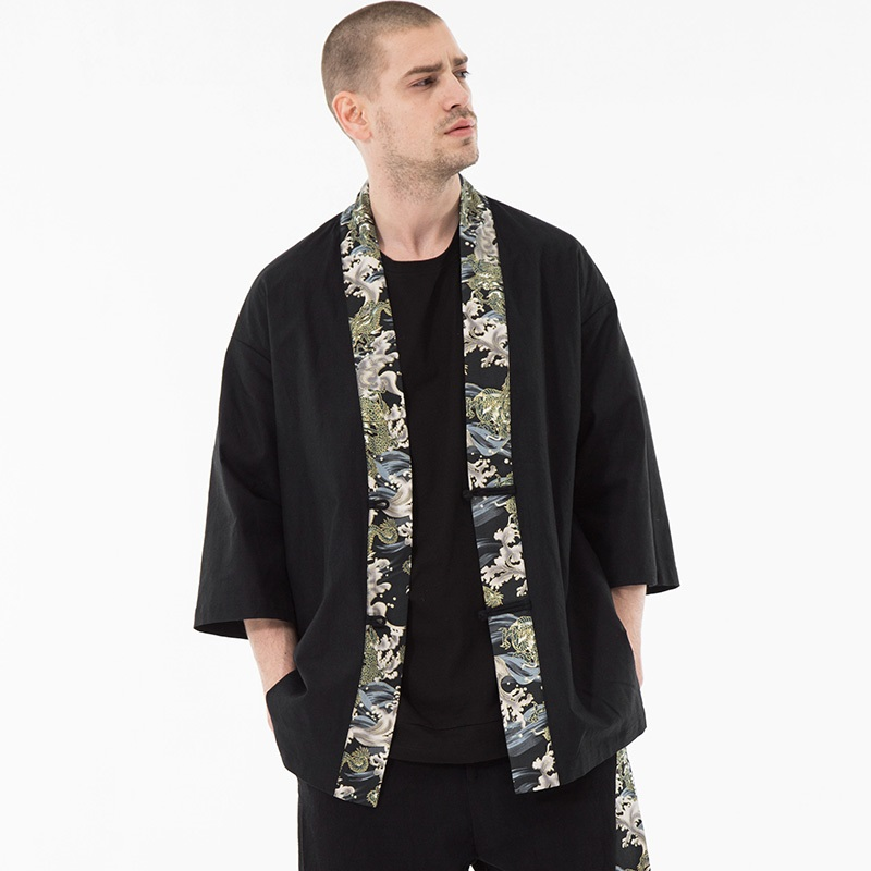71322000f Kimono hombre negro japonés Kimono hombres Samurai traje masculino Yukata  Haori ropa de calle ...