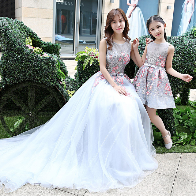 8d9bb9f496dca US $65.81 5% OFF|Family Matching Outfits Mother Daughter Wedding Dresses  Floor Length Mom and Daughter Baby Dress Tutu Skirts Blue Photograph-in ...
