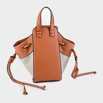 New Drawstring Women's Straw Bucket Bag Summer Woven Shoulder Bags Shopping Purse Beach Handbag Straw Handbags Travel Bag