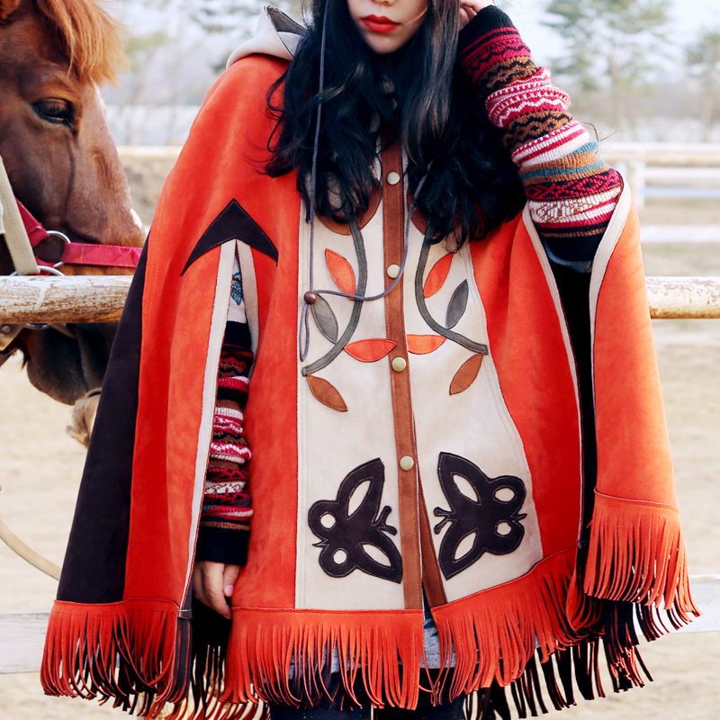 Free Shipping 2018 New Vintage Suede Sleeveless Coat Spring And Autumn Outerwear With Tassels Hooded Appliques Cloak Loose Tops