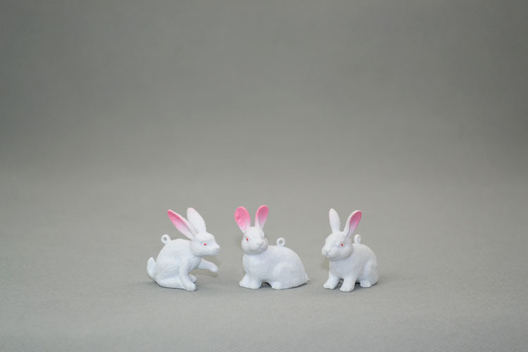 Animal Model White Rabbit Ears Small 6 12Cm-In Action -1605