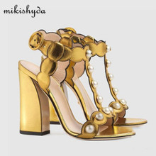 2017 new leather gold sandals pearl stud thick high heels word buckle leaves side shoes spring and summer