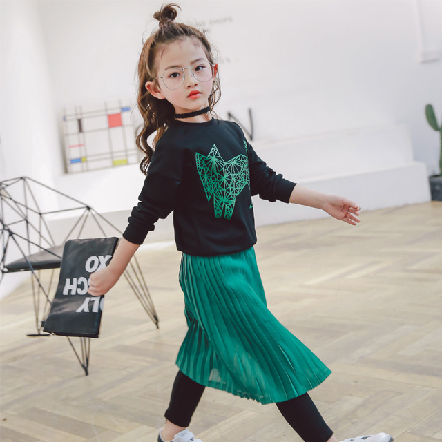 82ffb179d3 2017 New Spring Dress Baby Girl Cartoon T-shirt Sweater + Green Pleated  Skirt Pant