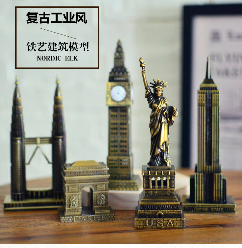 Vintage Home Decor World famous landmark Eiffel Tower in Paris building model metal crafts gifts ornaments Desktop decorations 1