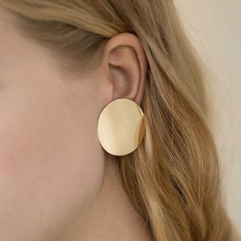 XIYANIKE 2018 NEW Gold Glossy Round Earrings Hoop Smooth Earrings Simple Style Ears Clear Circle Charm Earrings For Women E572