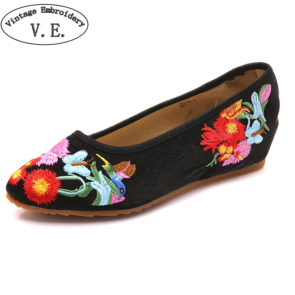 Vintage Embroidery Cotton Fabric Slip On Ballet Women Flats Pointed Toe Spring Ladies Casual Embroidered Walking Shoes cresfimix women cute spring summer slip on flat shoes with pearl female casual street flats lady fashion pointed toe shoes