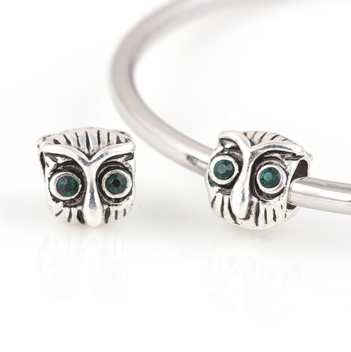 10 Pcs a Lot Alloy Imperial Owl With Green Eyes Beads Spring DIY Beads  Spacer Chunky Charm Bead Fit For Pandora Charms Bracelets 7e5dd0ce79b1