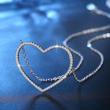 Купить с кэшбэком Hollow Heart Necklace 2016 New Fashion Hot Sale Peach Heart Crystal Pendant Necklace Jewelry Fantastic Necklaces XL05840