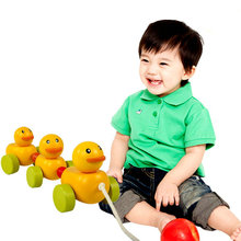 цена Free shipping, will squirmy caterpillar, children drag wooden toys, educational toys, drag the caterpillar vehicles онлайн в 2017 году