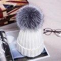 New fashion 2016 Outono Inverno Mulheres Cap Bola Chapéu De Pele De Raposa Poms do Pom 12 CM Feminino Cap Gorros Quentes Malha Crochet Gorro Chapéus tampas