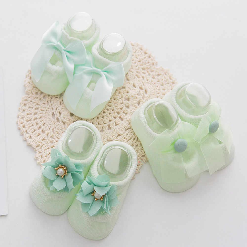 3 пары, Нескользящие теплые носки с кружевом и цветочным принтом для новорожденных девочек милые модные повседневные короткие носки с жемчужным бантом для малышей 2019