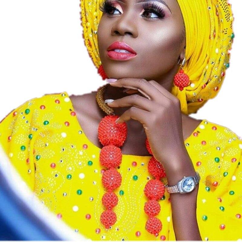 Ensemble de bijoux fins pour femmes cristal perles africaines collier de mariage et boucles doreilles ensemble de grandes boules bijoux audacieux ensemble livraison gratuiteEnsemble de bijoux fins pour femmes cristal perles africaines collier de mariage et boucles doreilles ensemble de grandes boules bijoux audacieux ensemble livraison gratuite