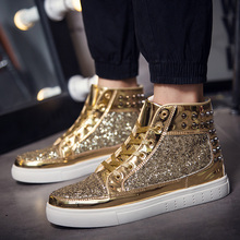 Couples high - top shoes men 's 2016 new trend shoes personality rivets casual shoes gold board shoes women' s Flat shoes trendy men s casual shoes with rivets and color block design