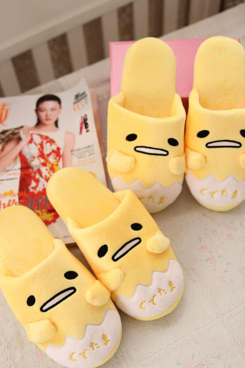 Plush cute 1 pair cartoon animation gudetama  lazy egg funny winter home floor slippers holiday toy girl gift retail gudetama lazy egg eggs jun egg lazy balls creative nap u pillow neck pillow cartoon hat plush doll wj01