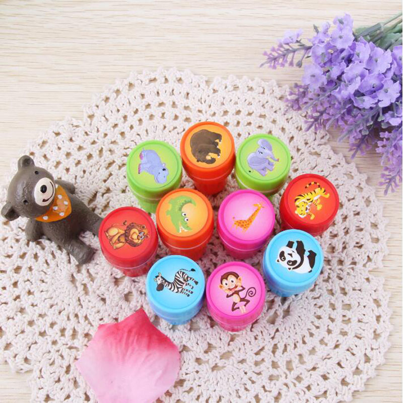 1pc Cute Forest Animals Seal Round Plastic Cartoon Bring Inkpad Seal Toy School Office Party Favors Kids Educational Stationery